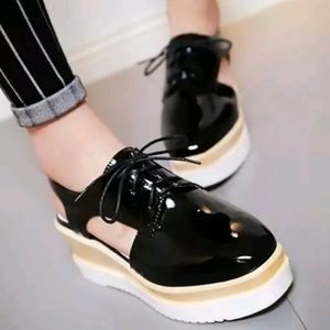 Shoes - Women's New wedge sandals